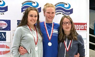 Erfolg für Schwimmerinnen - Luise Olischläger, Ronja Sauer und Chiara Kirsch starten für den SV Gelnhausen